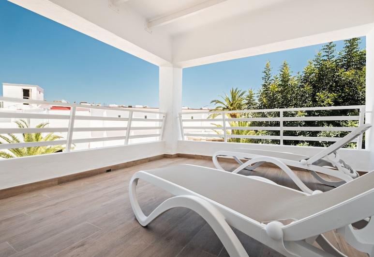 Azuline Hotel Palmanova Garden, Calvia, Family Apartment, 1 Bedroom, Terrace/Patio