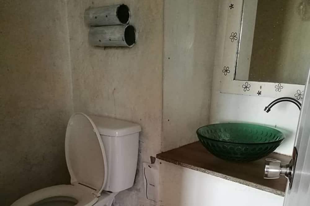 Marina Suite - Bathroom