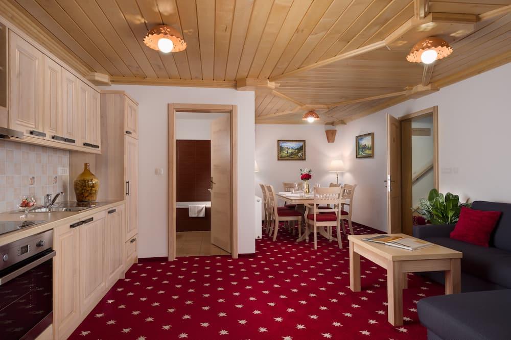 Junior Suite, 1 Bedroom, Mountain View, Mountainside - Living Room