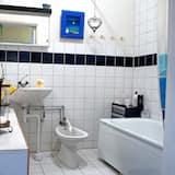 Triple Room, Shared Bathroom - Bathroom