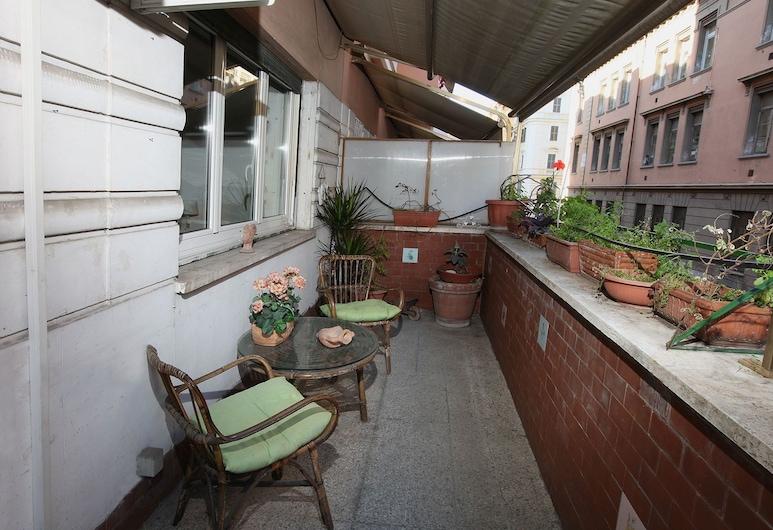 Anna a San Pietro, Rom, Apartment, 2 Bedrooms, Balkoni