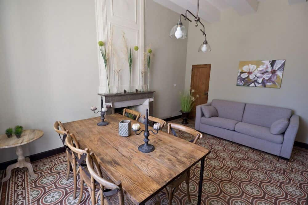 Cottage, 2 Bedrooms - In-Room Dining