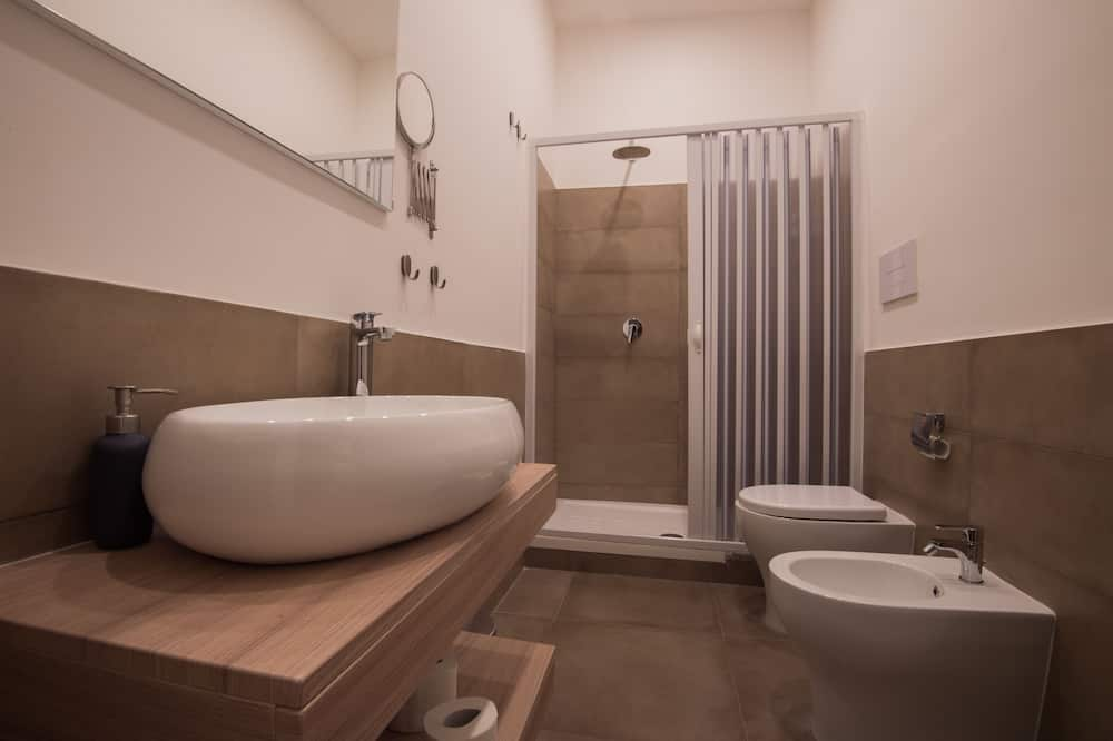 Comfort Double Room, Ensuite - Bilik mandi