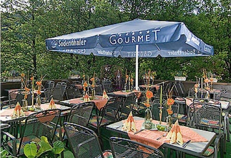 Gasthof Zum Spessart, Mespelbrunn, Outdoor Dining