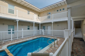 Picture of Evening Primrose Apartment 2 in South Padre Island