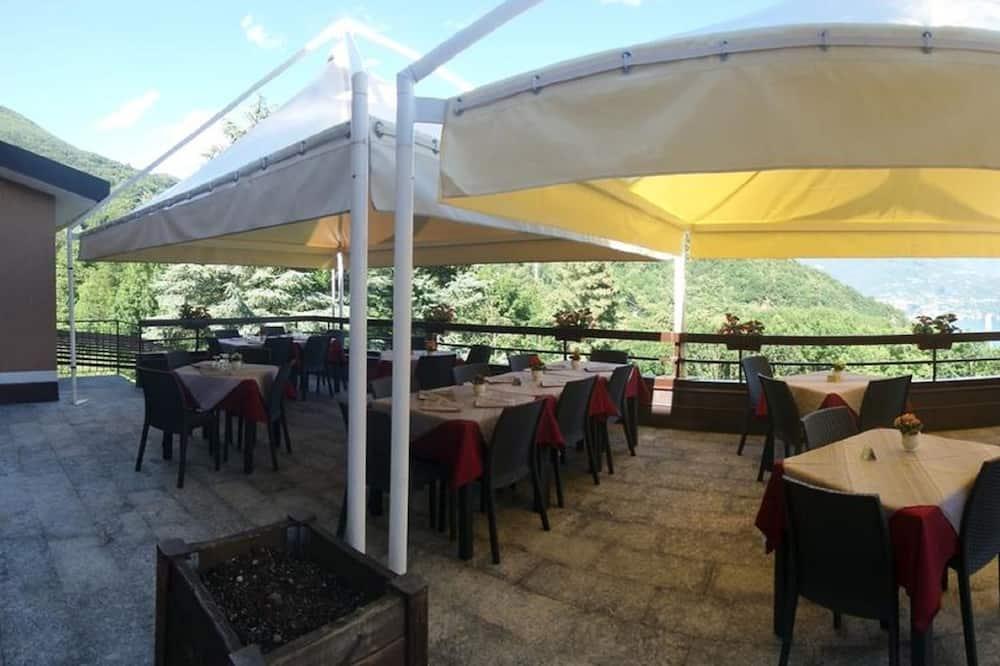 Āra ēdināšanas zona