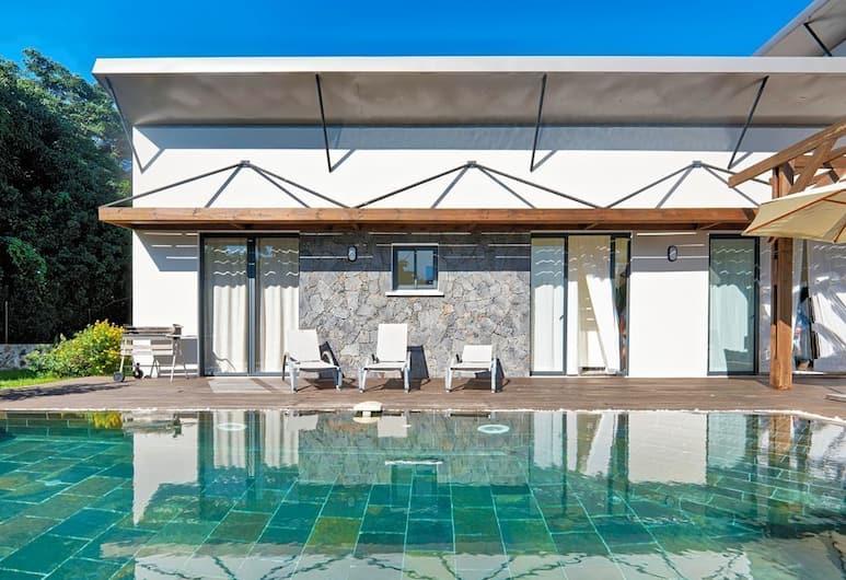 Villa Isis, Entre-Deux, Outdoor Pool