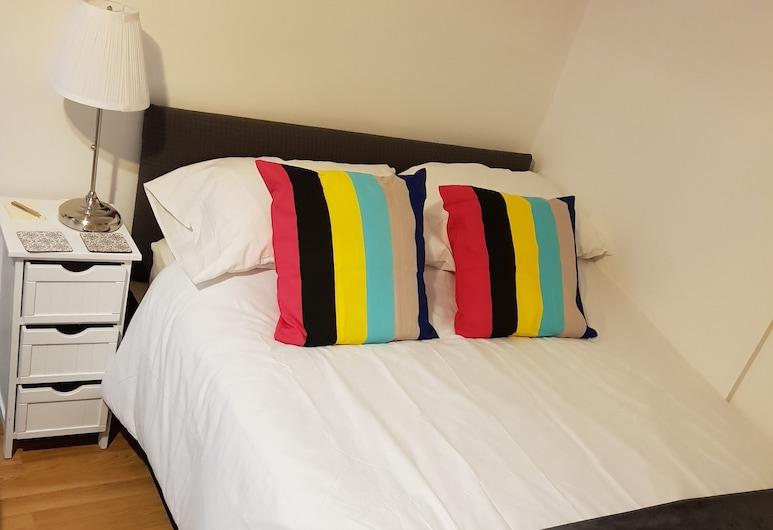 Quality Accommodation, Leeds, Studio Suite (Flat 2), Room