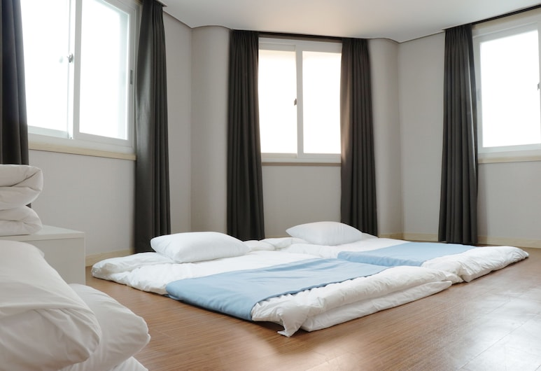 Jeju Ora Stay, Jeju City, Deluxe Room (Ondol), Guest Room