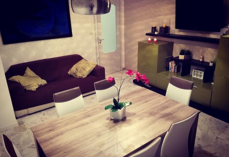 Casale del corso, Catania, Appartamento, 3 camere da letto, Soggiorno