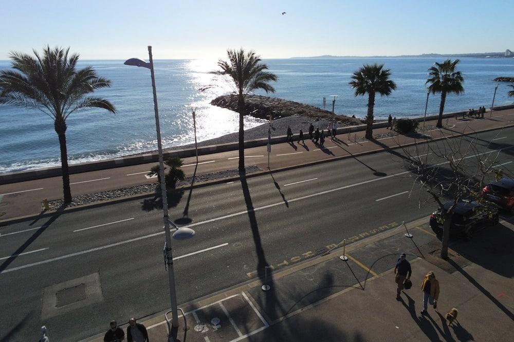 חדר דה-לוקס זוגי, מרפסת, נוף לים - נוף לחוף/לאוקיינוס