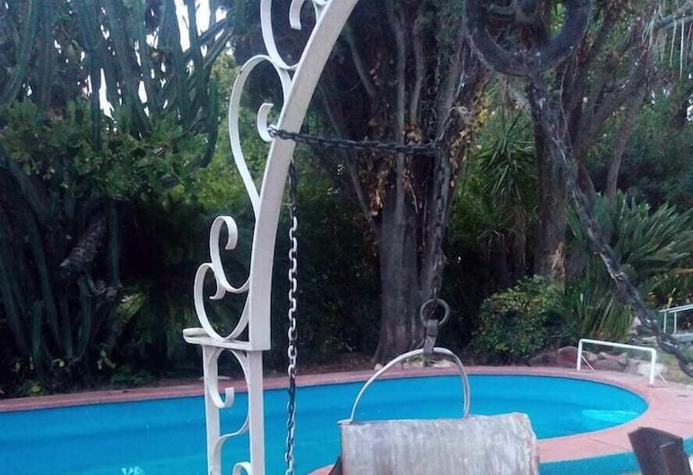 La gardenia, Don Torcuato, สระว่ายน้ำกลางแจ้ง
