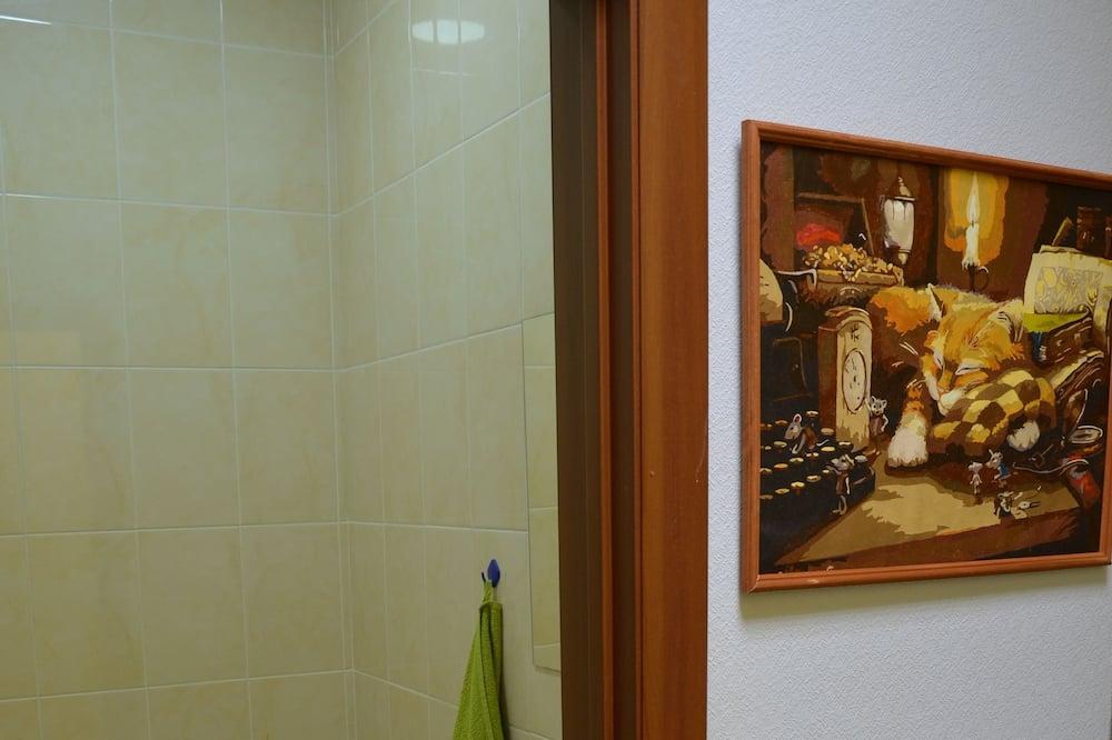 Fælles sovesal - mænd/kvinder (14 beds) - Badeværelse