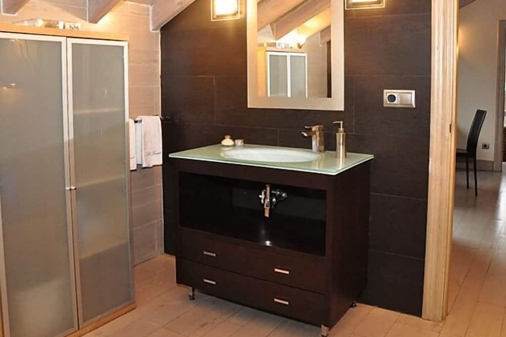 Lejlighed - privat badeværelse - Badeværelse