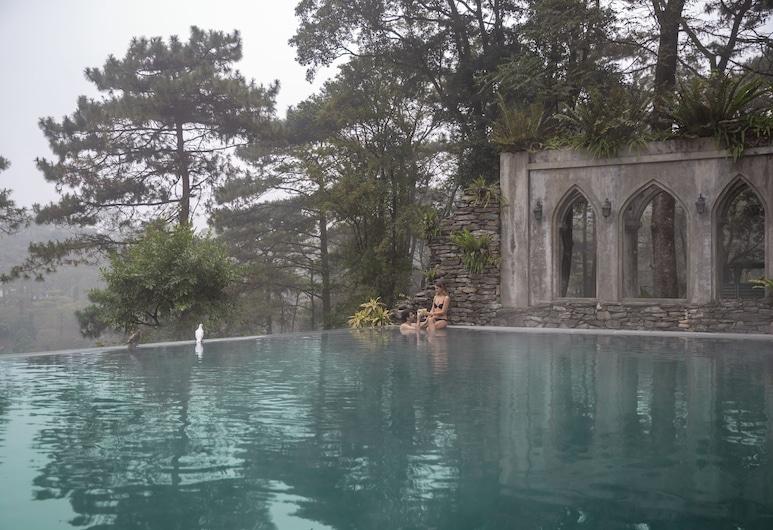 Melia Ba Vi Mountain Retreat, Hanoi, Outdoor Pool