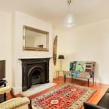 3 Bedroon City Terrace - Living Room
