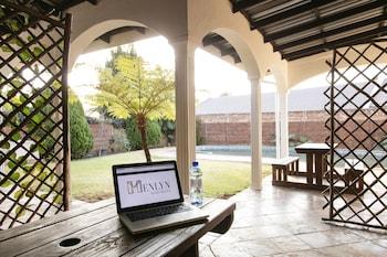 Pretoria bölgesindeki Menlyn Apartments resmi