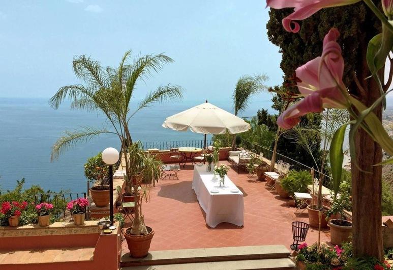 Villa Krater, Taormina, Property Grounds