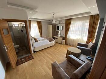 Picture of Figen Hotel in Canakkale