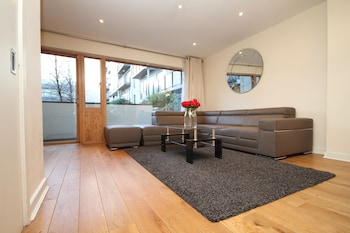 Picture of Beautiful Pearse Street Apartment in Dublin