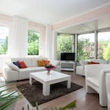 Apartment, 3 Bedrooms, Terrace - Living Area
