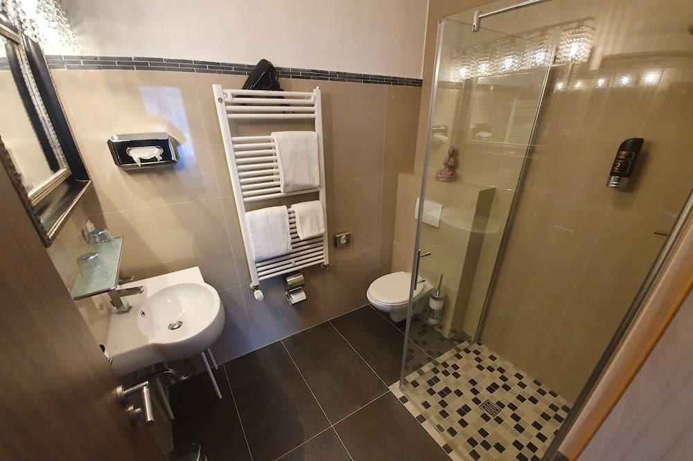 都會雙人房, 城市景 - 浴室