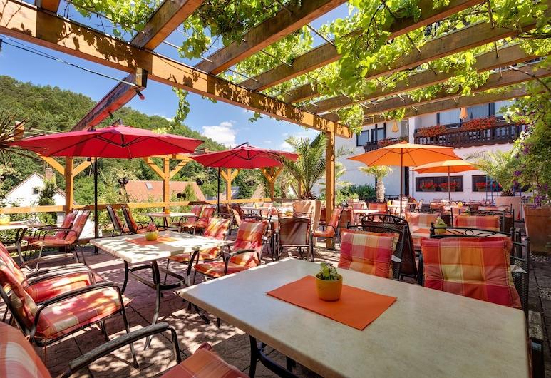 Hotel Die Kleine Blume, Erfweiler, Taras/patio