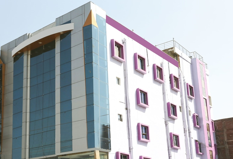 OYO 4101 Hotel D P International, Patna, Esterni