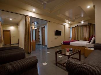 Picture of OYO 9739 Hotel Ratnalok in Pune