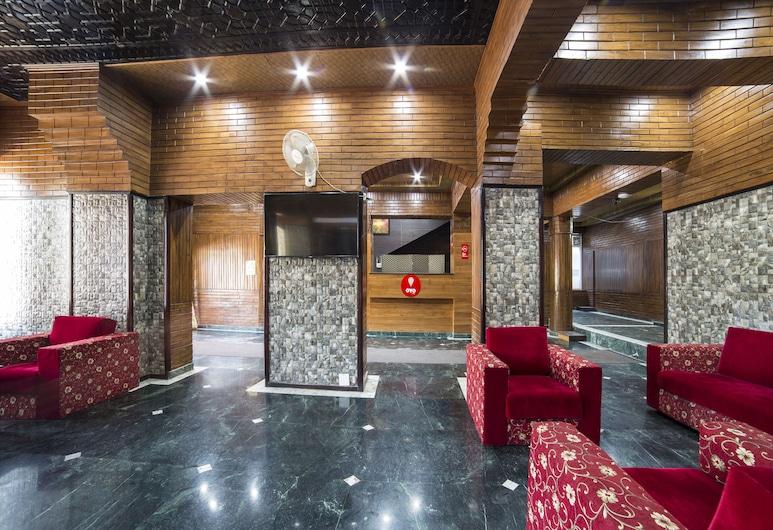 OYO 5174 Hotel Pamposh, סרינגאר, אזור ישיבה בלובי