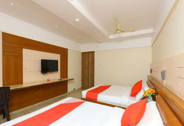 OYO 10700 Padmavathi, Tirupati, חדר דה-לוקס, חדר אורחים