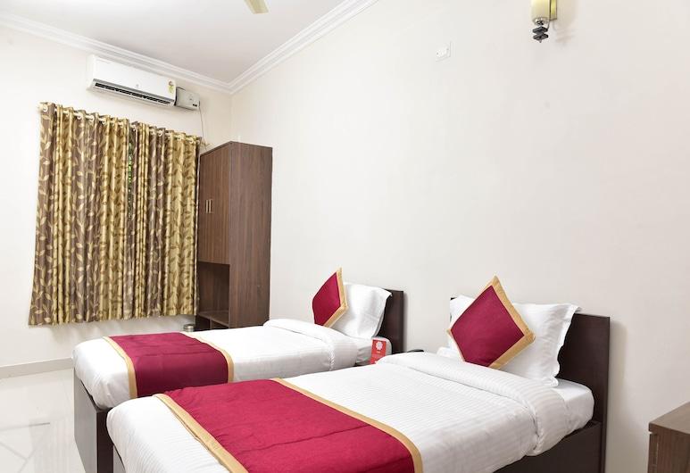 OYO 9118 Saravana Inn, Thiruvananthapuram, Dvokrevetna soba, Soba za goste