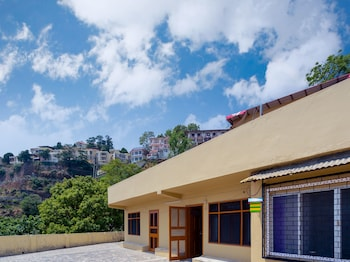 Hình ảnh OYO 13894 Home Skyline Homestay Near Picture Palace tại Mussoorie