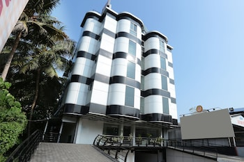 Enter your dates to get the Kochi hotel deal