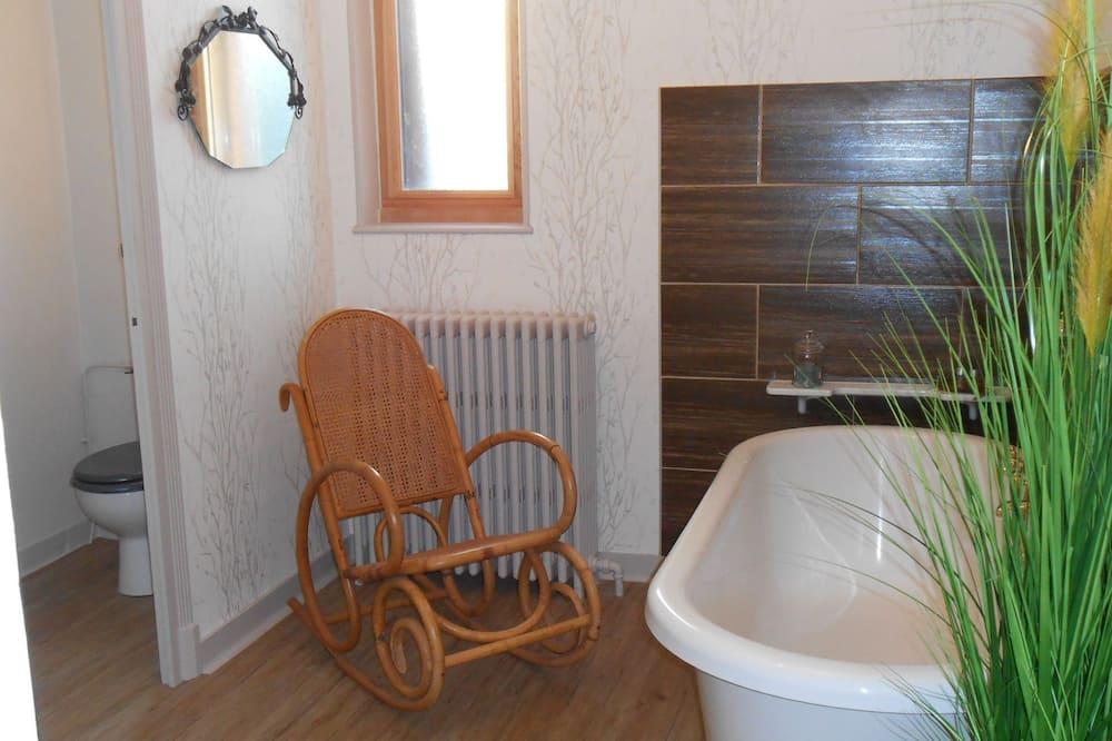 Superior-Dreibettzimmer - Badezimmer