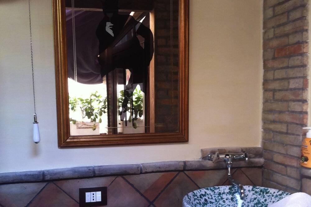 Design Δίκλινο Δωμάτιο (Double), Βεράντα, Θέα στη Θάλασσα - Μπάνιο