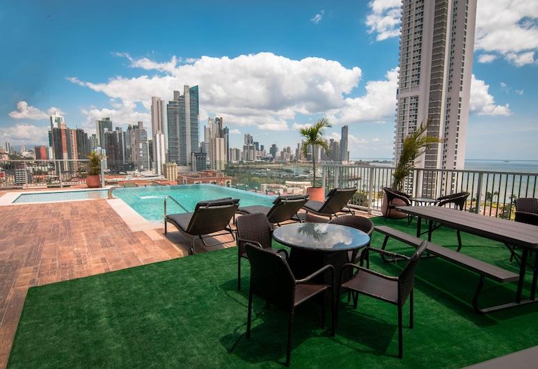 Innfiniti Hotel & Suites, Panama City, Sundeck