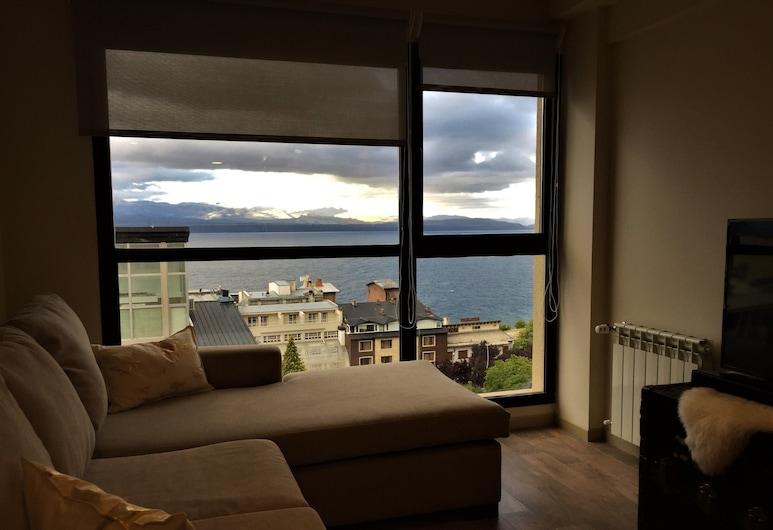أيربانا سويتس آند ستوديوز 440, San Carlos de Bariloche, شقة فاخرة - غرفتا نوم - منظر للبحيرة (613), غرفة معيشة