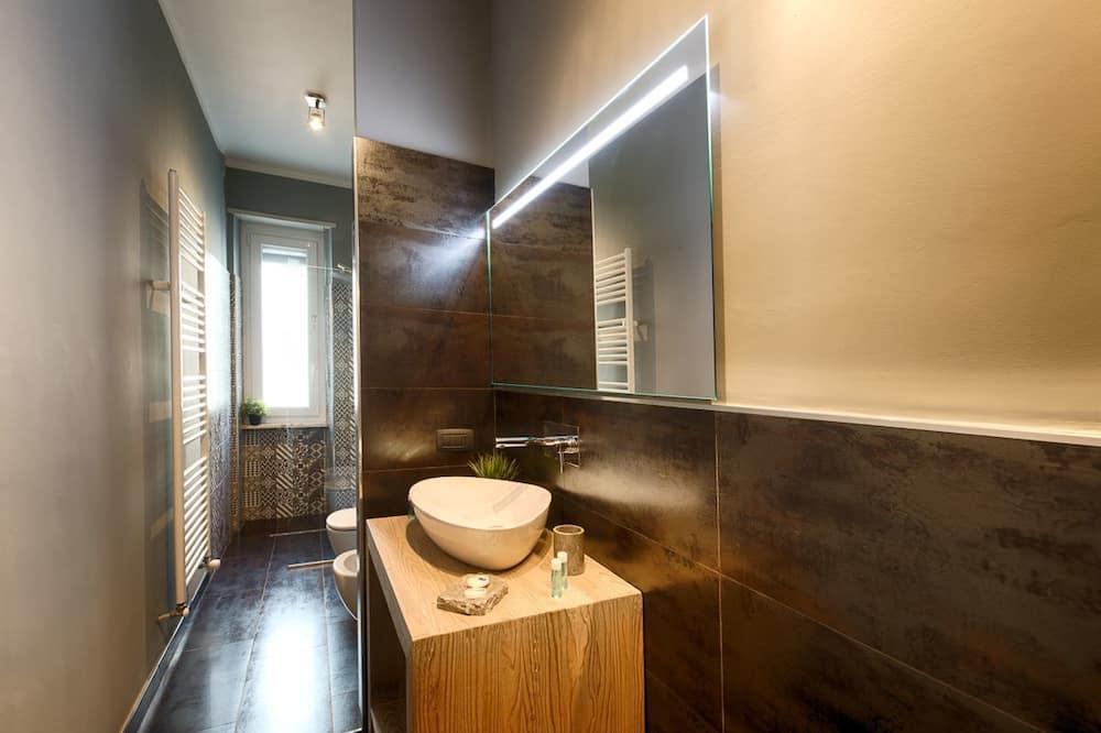 Apartemen Deluks - Kamar mandi