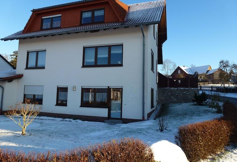 Ferienwohnung Sauerlandblick, Korbach, Fachada del hotel