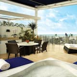 Panoramic Ρετιρέ, 1 King Κρεβάτι, Βεράντα, Θέα στη Θάλασσα - Αίθριο/βεράντα