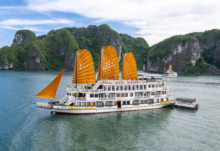 Ancora Cruises, Ha Long