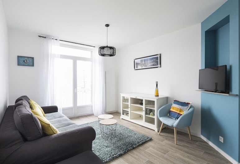 Le Suroît, Saint-Malo, Apartment, 2 Bedrooms, Living Room