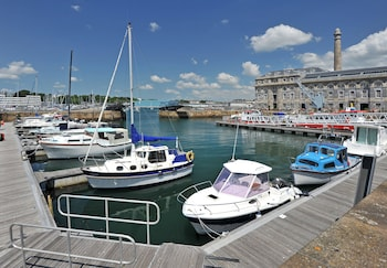 Picture of Drakes Wharf @ Royal William Yard in Plymouth
