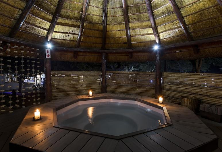 Monate Game Lodge, Modimolle, Massaaživann vabas õhus