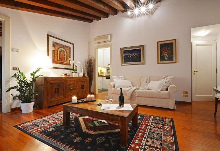 Apartment Deluxe Via Isola di Mezzo, Treviso, Deluxe Apartment, Bilik Rehat