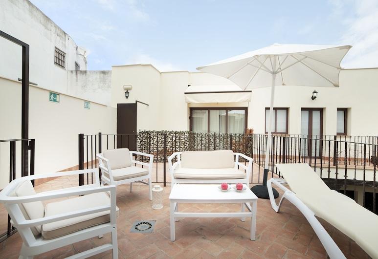 Cartuja Patio, Sevilla, Deluxe-Maisonette, 1 Doppelbett, Stadtblick, Terrasse/Patio
