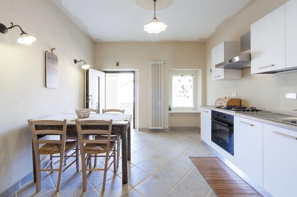 Apartment (Il Rifugio di Apollo) - In-Room Dining