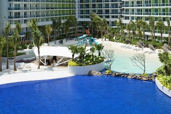 Picture of Azure Rio West Wavepool 1BR Near Airport in Paranaque