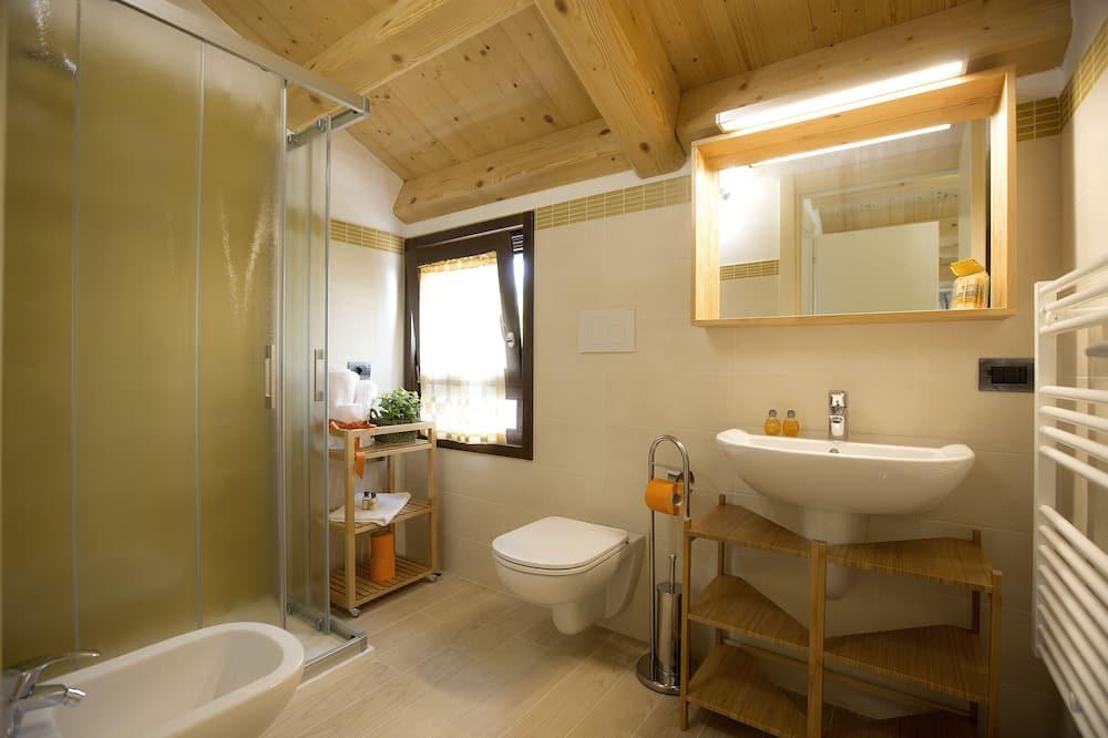 Classic Apartment (Brolo) - Bathroom